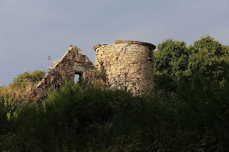 Photo du Monument Historique Manoir de Kérisac situé à Plouisy