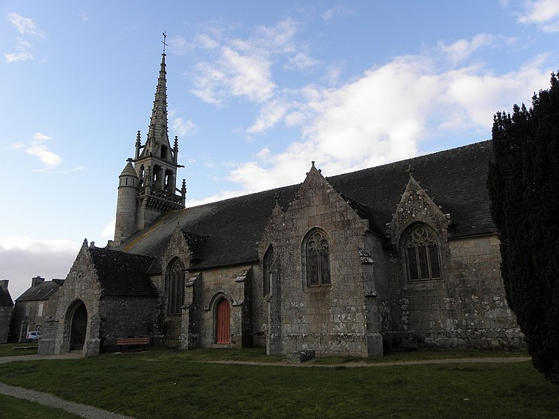 Photo du Monument Historique Eglise Saint-Pierre situé à Plounévez-Moëdec