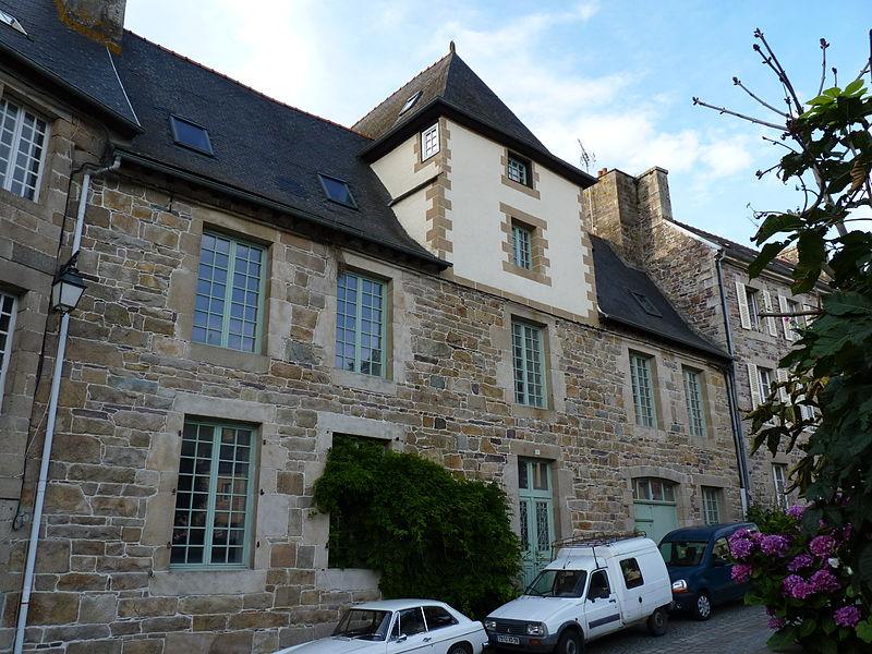 Photo du Monument Historique Maison à tour carrée situé à Pontrieux