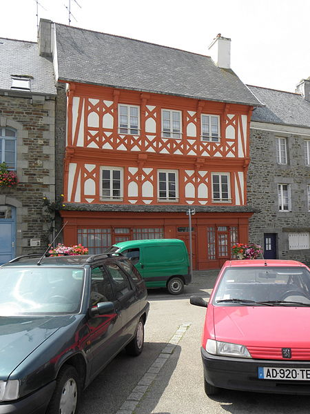 Photo du Monument Historique Maison de bois situé à La Roche-Derrien