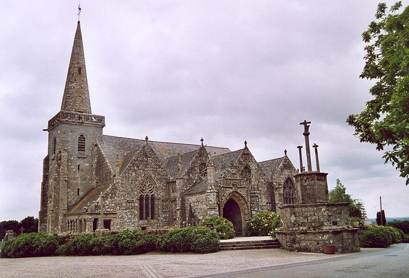 Photo du Monument Historique Eglise Notre-Dame et cimetière situé à Runan