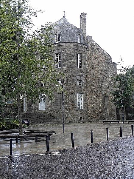 Photo du Monument Historique Ancien hôtel de Bellecyse situé à Saint-Brieuc