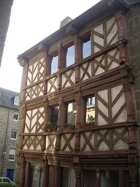Photo du Monument Historique Maison du 17e siècle situé à Saint-Brieuc