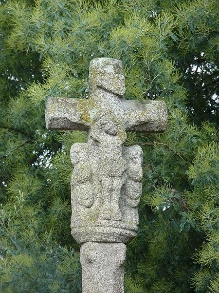 Photo du Monument Historique Croix du 18e siècle situé à Saint-Caradec