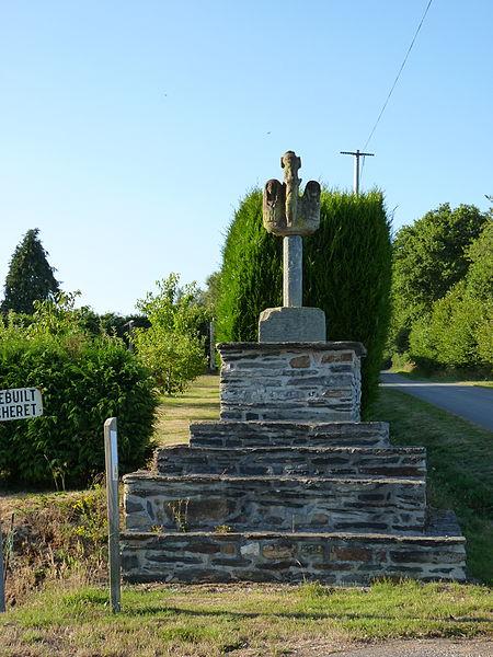 Photo du Monument Historique Croix de Kerdrebuil situé à Saint-Gelven