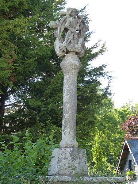 Photo du Monument Historique Croix de Kerfontan situé à Saint-Jean-Kerdaniel