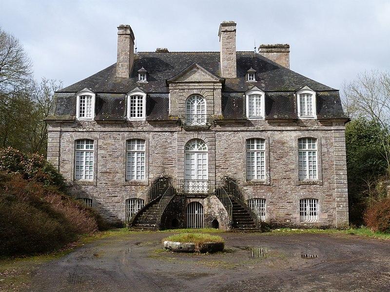 Photo du Monument Historique Château de La Bruyère situé à Saint-Launeuc