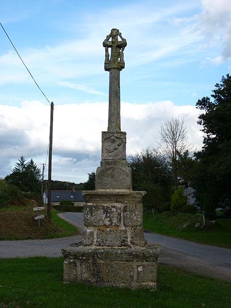 Photo du Monument Historique Croix de Kerléouret situé à Saint-Nicolas-du-Pélem