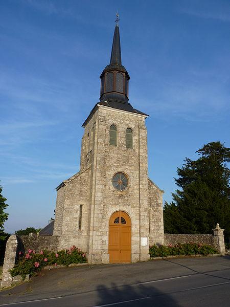 Photo du Monument Historique Eglise Saint-Pierre et croix situé à Trédaniel