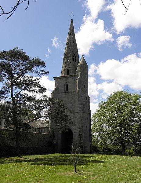 Photo du Monument Historique Ancienne église Saint-Michel situé à Tréguier