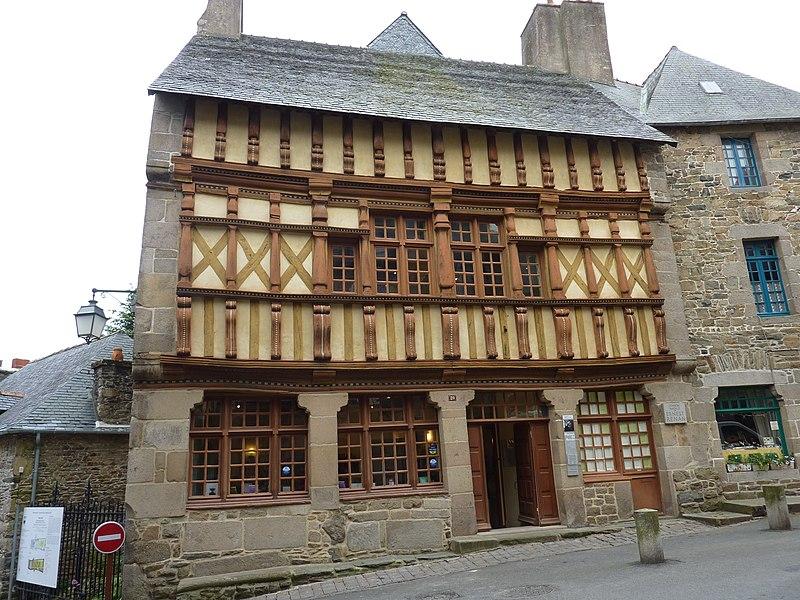 Photo du Monument Historique Maison d'Ernest Renan, acutellement musée Renan situé à Tréguier
