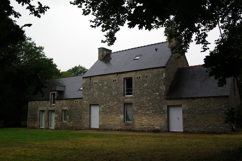 Photo du Monument Historique Manoir de Garouët situé à Yvignac
