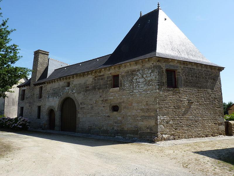 Photo du Monument Historique Manoir du Vieux Bourg, ou maison dite le château de Merdrignac situé à Merdrignac