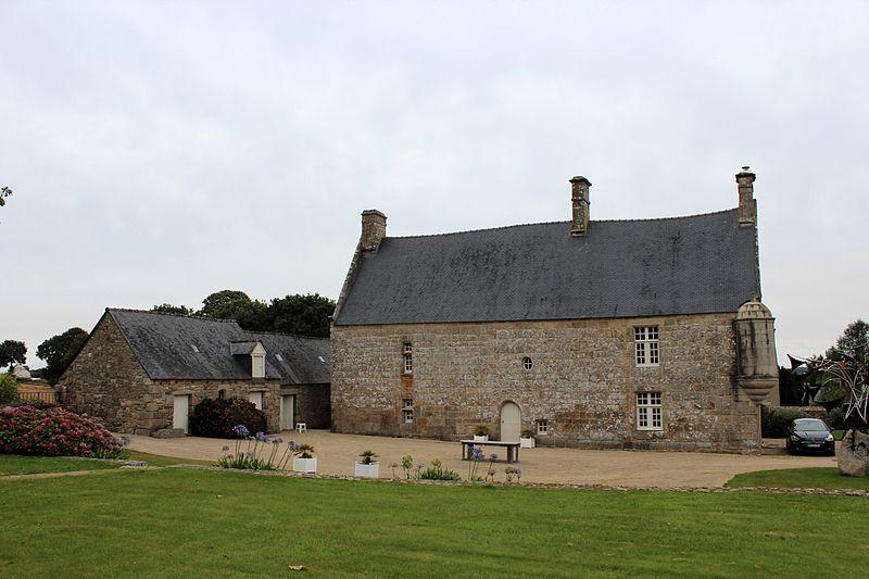 Photo du Monument Historique Manoir de Kérépol situé à Plouaret