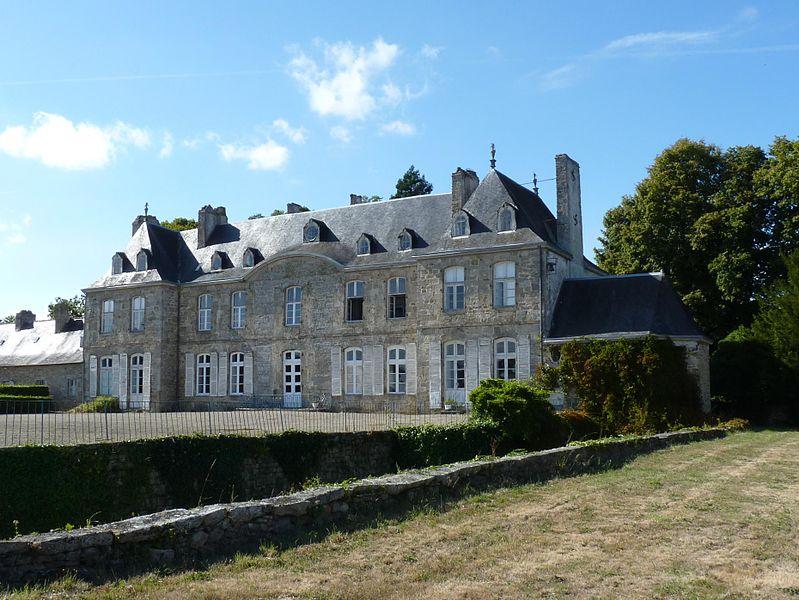 Photo du Monument Historique Domaine des Granges situé à Hénon
