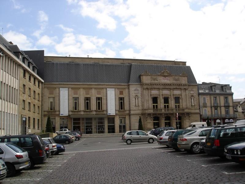 Photo du Monument Historique Théâtre situé à Saint-Brieuc