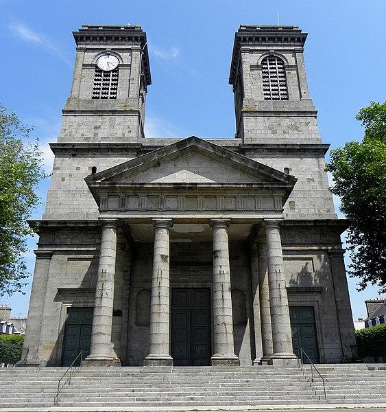 Photo du Monument Historique Eglise Saint-Michel situé à Saint-Brieuc