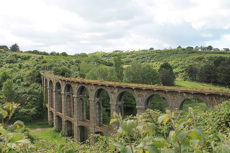 Photo du Monument Historique Viaduc de Douvenant situé à Saint-Brieuc ; Langueux