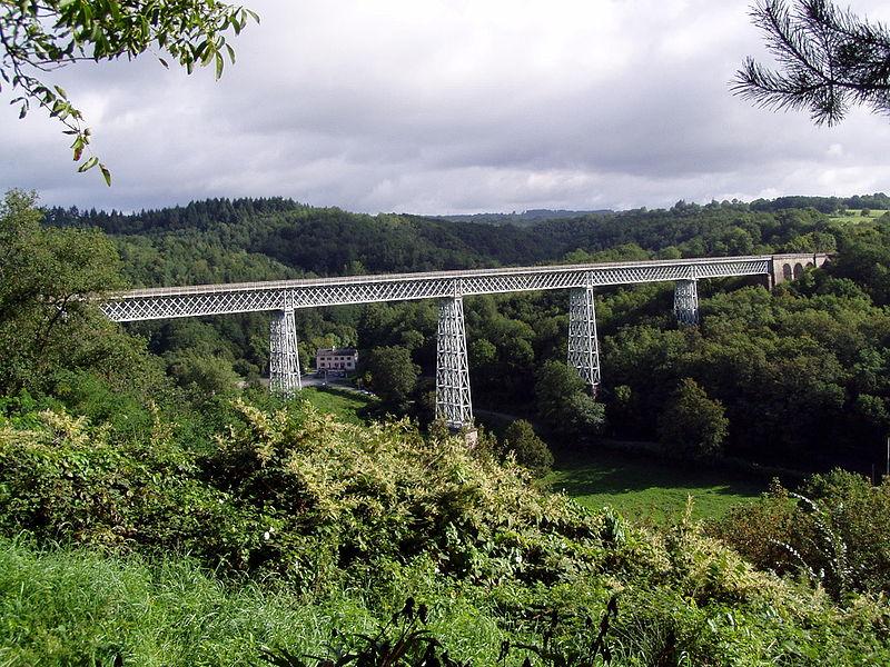 Photo du Monument Historique Viaduc de Busseau-sur-Creuse (également sur commune de Pionnat) situé à Ahun