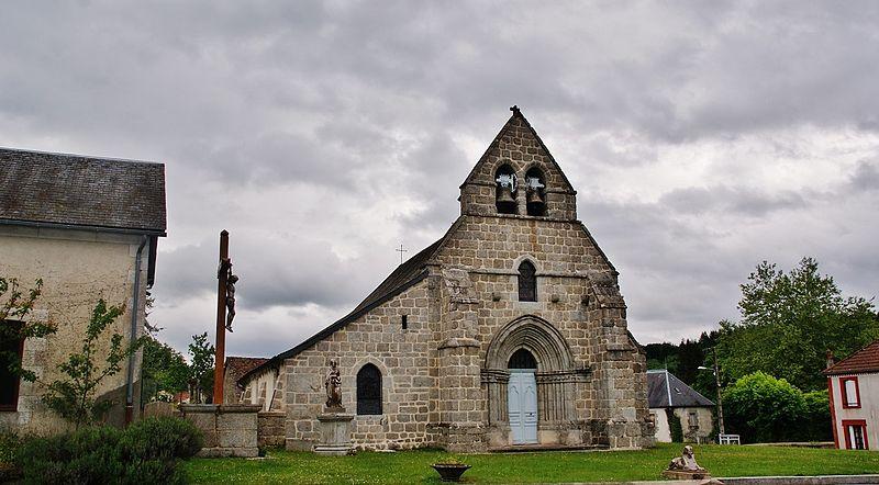 Photo du Monument Historique Eglise Saint-Allyre Sainte-Anne situé à Basville