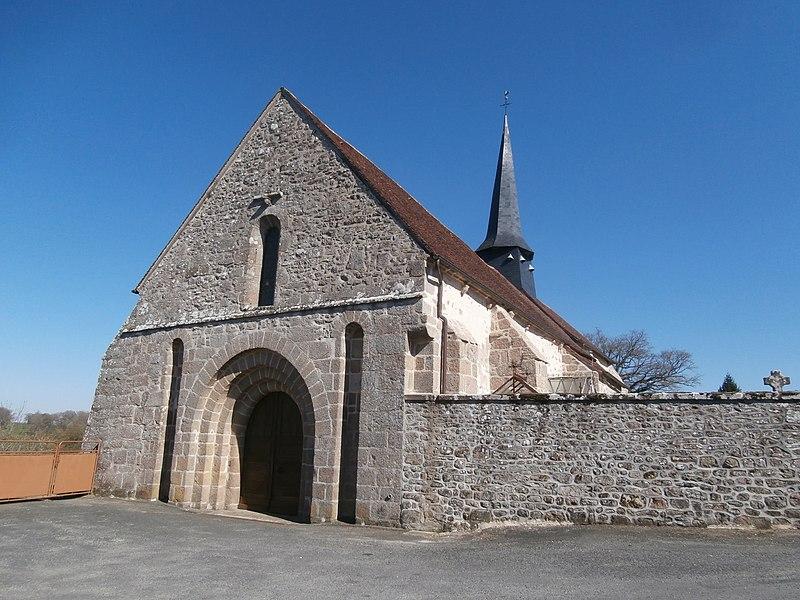 Photo du Monument Historique Eglise Saint-Pierre et Saint-Paul situé à Bazelat