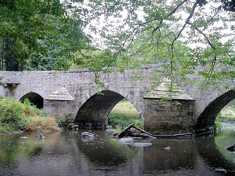 Photo du Monument Historique Pont dit Pont Charraud situé à Crozant