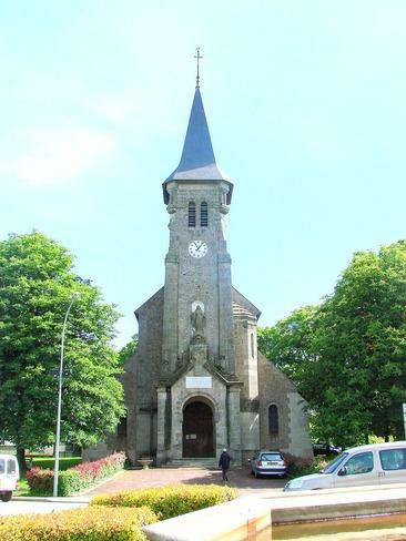Photo du Monument Historique Ancienne église situé à Dun-le-Palestel