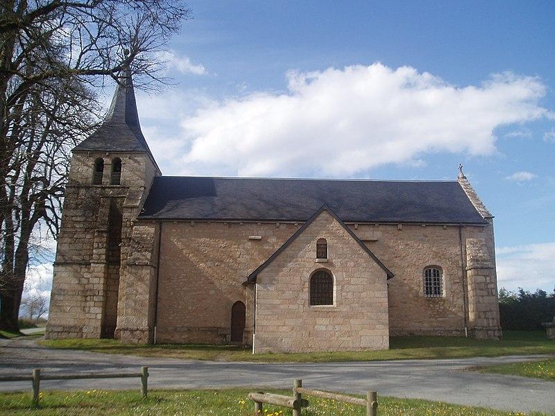 Photo du Monument Historique Eglise Saint-Pierre et Saint-Paul situé à Gioux