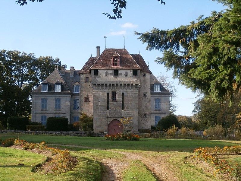 Photo du Monument Historique Château de la Dauge situé à Ladapeyre