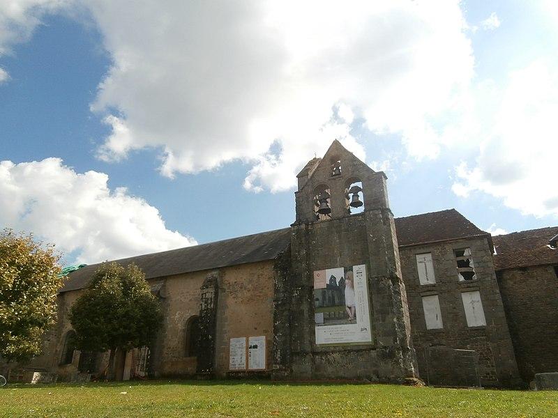 Photo du Monument Historique Eglise de l'Assomption-de-la-Très-Sainte-Vierge situé à Magnat-l'Etrange