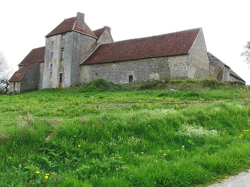 Photo du Monument Historique Château de Mazeau situé à Peyrat-la-Nonière