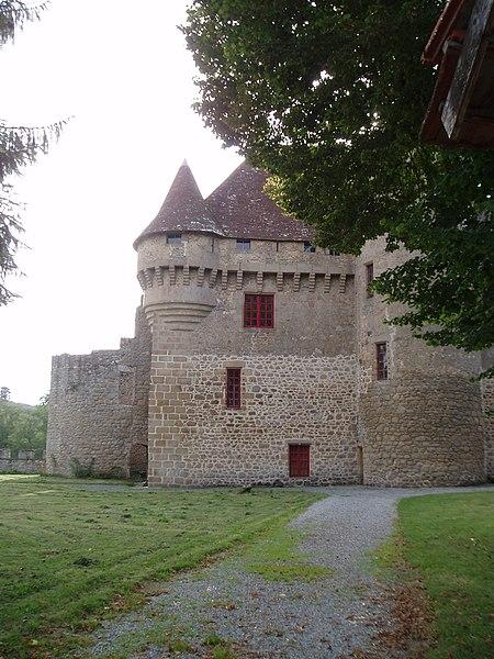 Photo du Monument Historique Château situé à Pontarion
