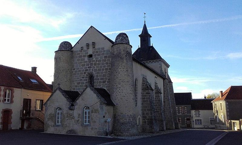 Photo du Monument Historique Eglise Saint-Pierre situé à Roches