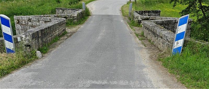 Photo du Monument Historique Pont de Bonlieu situé à Saint-Priest