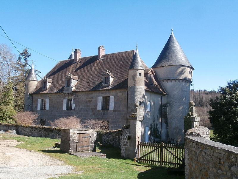 Photo du Monument Historique Château du Bas-Bouteix situé à Saint-Frion
