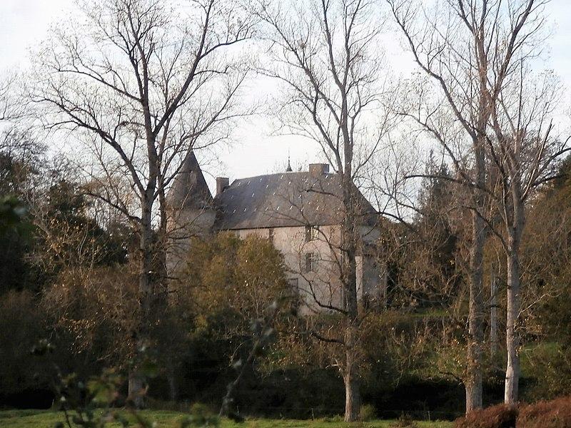 Photo du Monument Historique Château de Gartempe situé à Gartempe