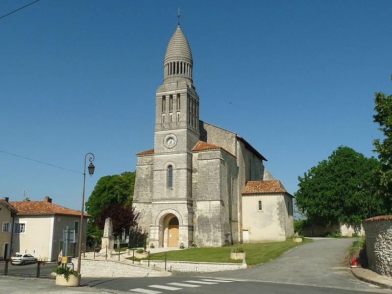 Photo du Monument Historique Eglise Saint-Pierre-aux-Liens situé à Allemans