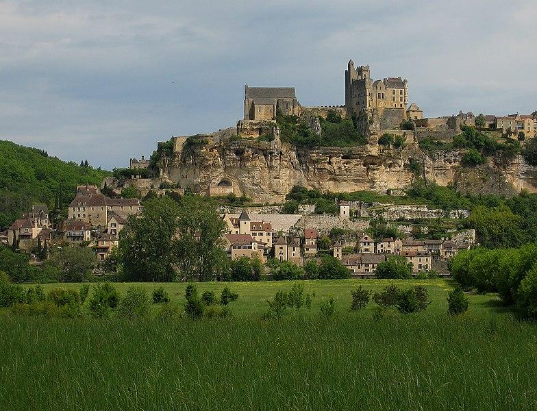 Photo du Monument Historique Château de Beynac situé à Beynac-et-Cazenac