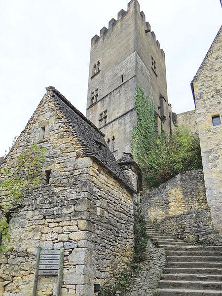 Photo du Monument Historique Restes de l'ancien couvent de Beynac situé à Beynac-et-Cazenac