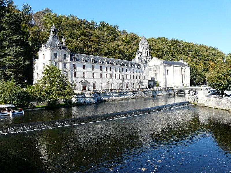 Photo du Monument Historique Ancienne abbaye situé à Brantôme