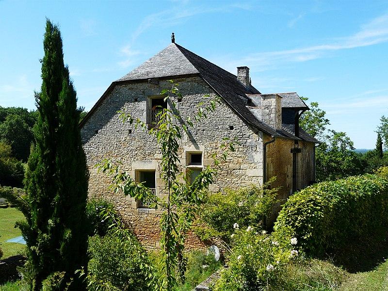 Photo du Monument Historique Ancienne grange dîmière situé à La Cassagne