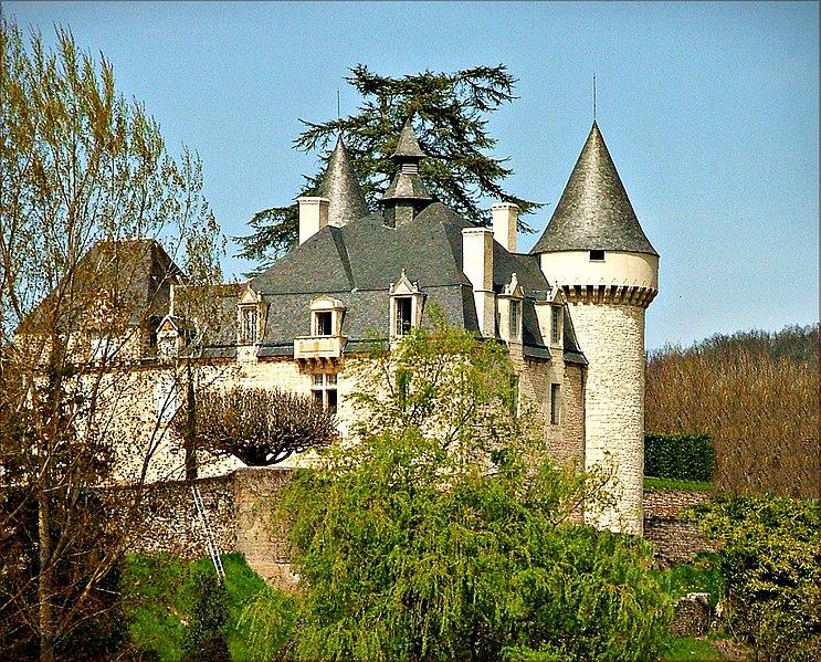 Photo du Monument Historique Manoir de la Font-Haute situé à Cazoulès