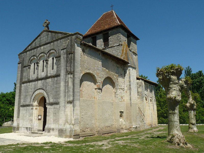 Photo du Monument Historique Eglise Saint-Pierre-et-Saint-Paul situé à Chenaud