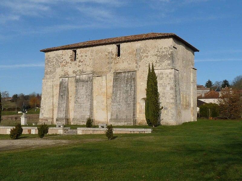 Photo du Monument Historique Eglise Saint-Jean-Baptiste de Comberanche situé à Comberanche-et-Epeluche