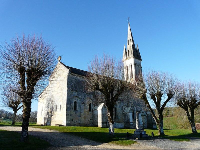 Photo du Monument Historique Eglise Saint-Martin situé à Eyliac