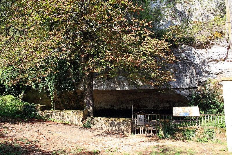 Photo du Monument Historique Abri de Cro-Magnon situé à Les Eyzies-de-Tayac-Sireuil