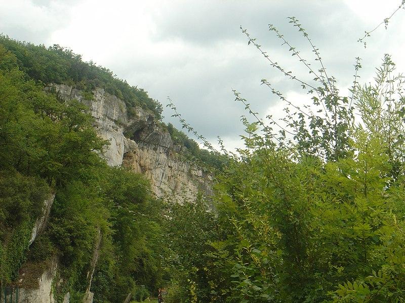 Photo du Monument Historique Gisement préhistorique de Laugerie-Haute situé à Eyzies-de-Tayac-Sireuil (Les)