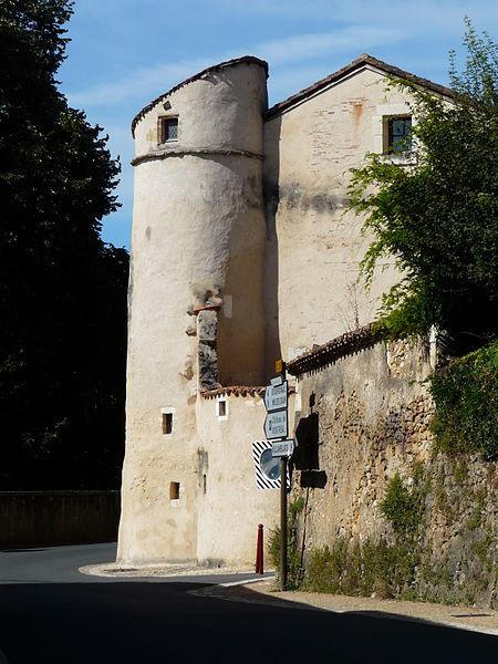 Photo du Monument Historique Tour Saint-Jacques situé à Issac
