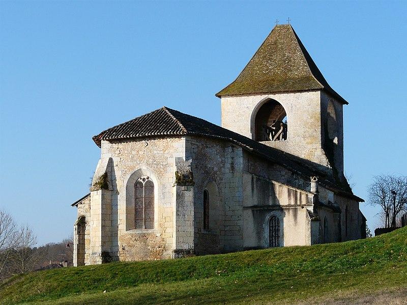 Photo du Monument Historique Eglise Saint-Pierre-ès-Liens situé à La Douze