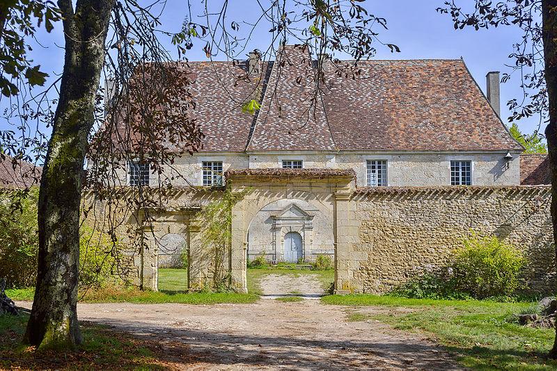 Photo du Monument Historique Château de Genthial situé à Liorac-sur-Louyre